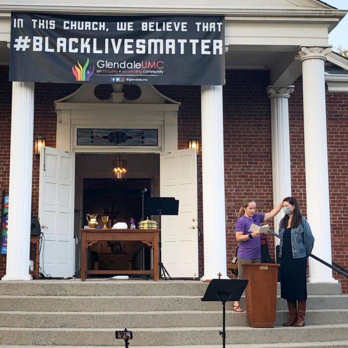 Lisa Gellerman Gets Baptized at Glendale United Methodist Church Nashville TN