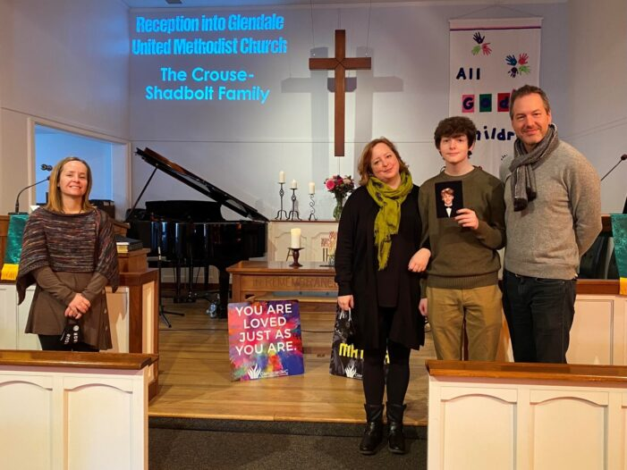 The Crouse Shadbolt Family Joins Glendale United Methodist Church Nashville TN (Custom)